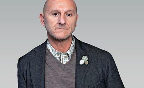 Maurizio Pecoraro (Istituto Marangoni時尚學院畢業生) 受邀於米蘭WHITE時尚商展展出