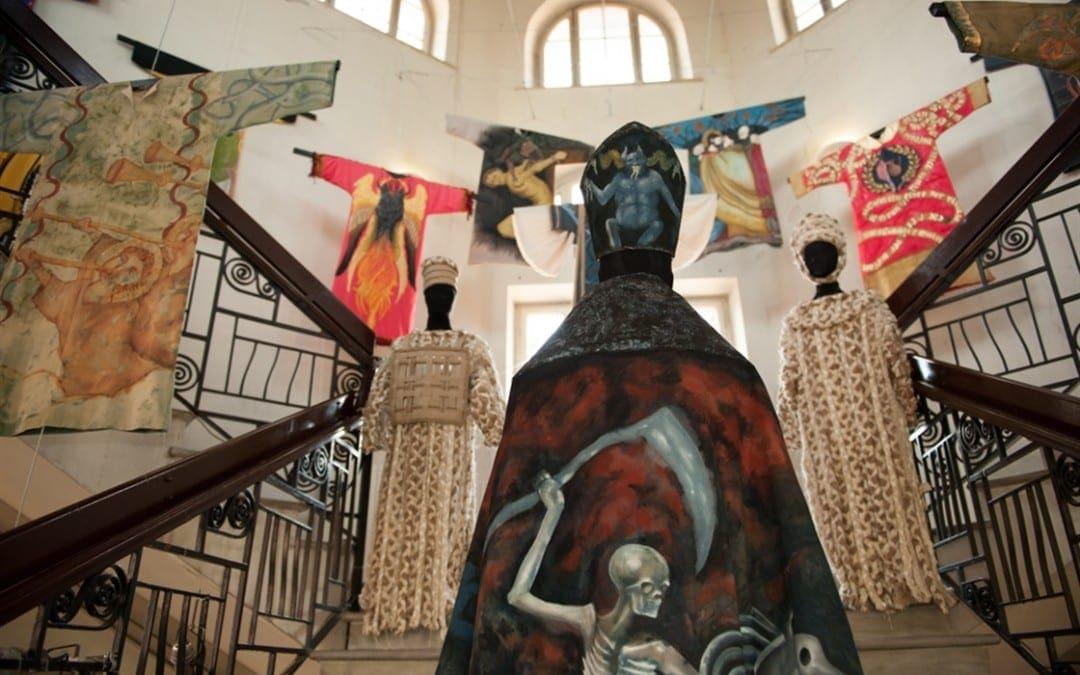 Accademia Costume & Moda羅馬服裝學院2015畢業時裝展「學院工廠」