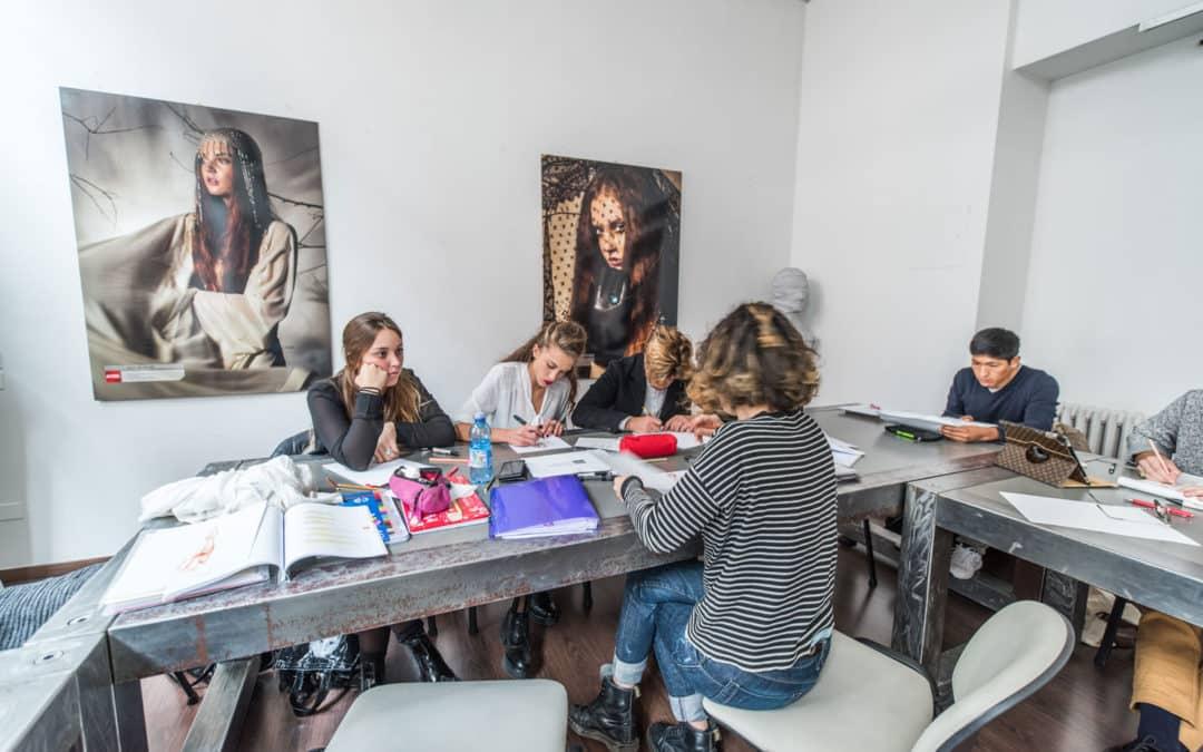 03/22(三) Accademia del Lusso盧索時尚學院教授Barbara LG Sordi演講